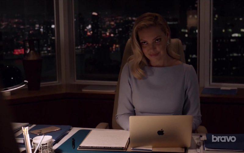 Apple MacBook Laptop Used by Katherine Heigl in Suits (1)