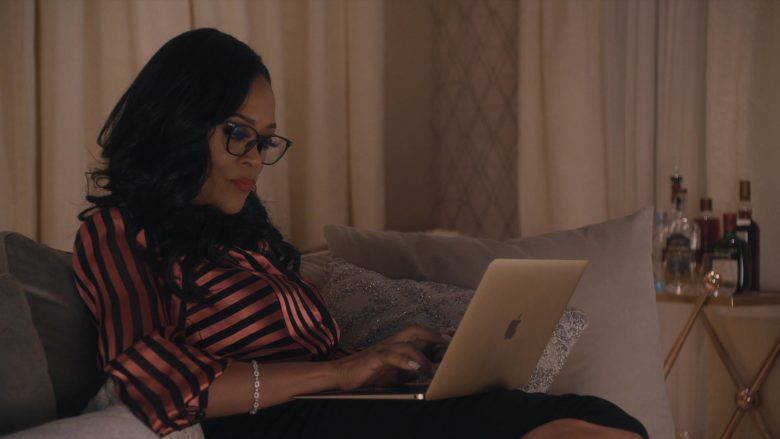 Apple MacBook Laptop Used by Robin Givens in Ambitions - Season 1, Episode 8, Backstabbers (2019) - TV Show Product Placement