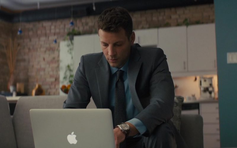 Apple MacBook Laptop in A Dog's Journey