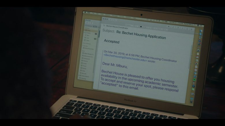 Apple MacBook Laptops in Dear White People - Season 3, Episode 2 (2019) - TV Show Product Placement