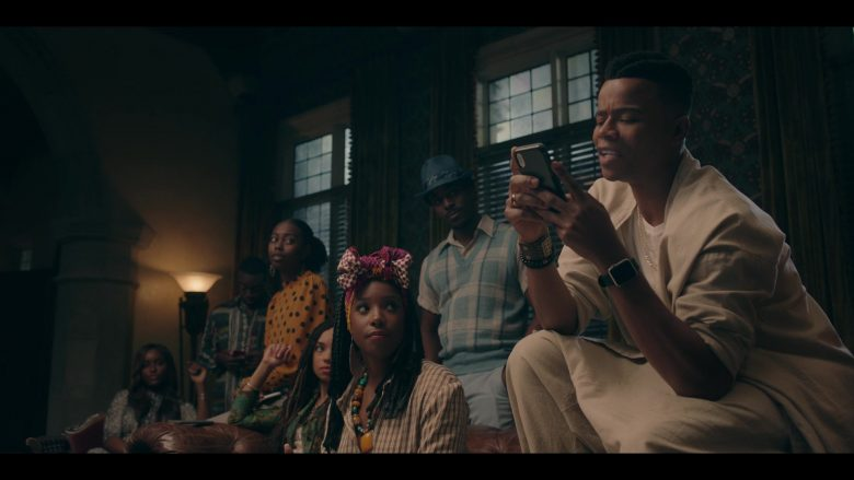 Apple Watch in Dear White People - Season 3, Episode 8 (2019) - TV Show Product Placement
