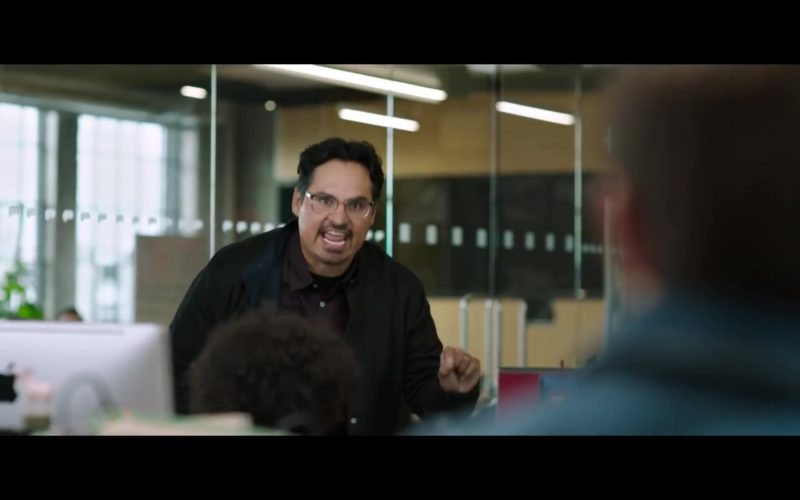 Apple iMac Computer Used by Michael Peña in Jexi (1)