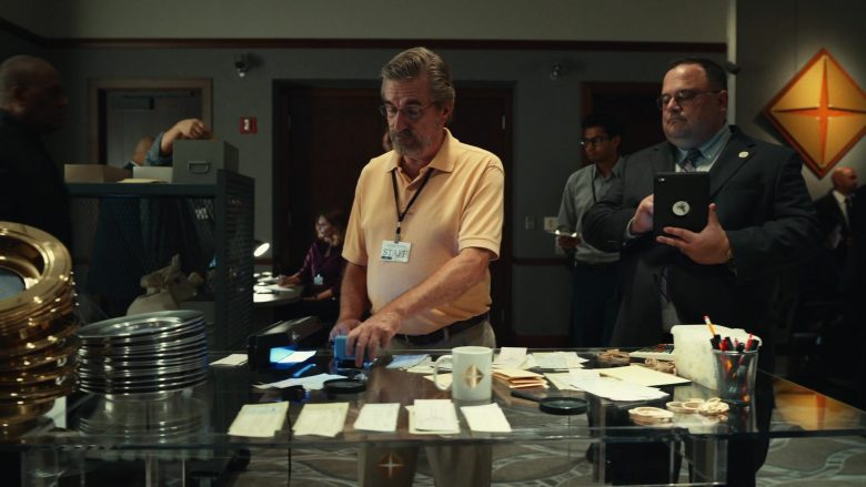 Apple iPad Tablet in The Righteous Gemstones - Season 1, Episode 1 (2019) - TV Show Product Placement