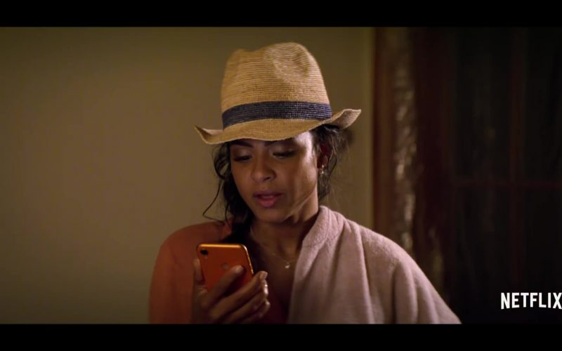 Apple iPhone Mobile Phone Used by Christina Milian in Falling Inn Love (1)