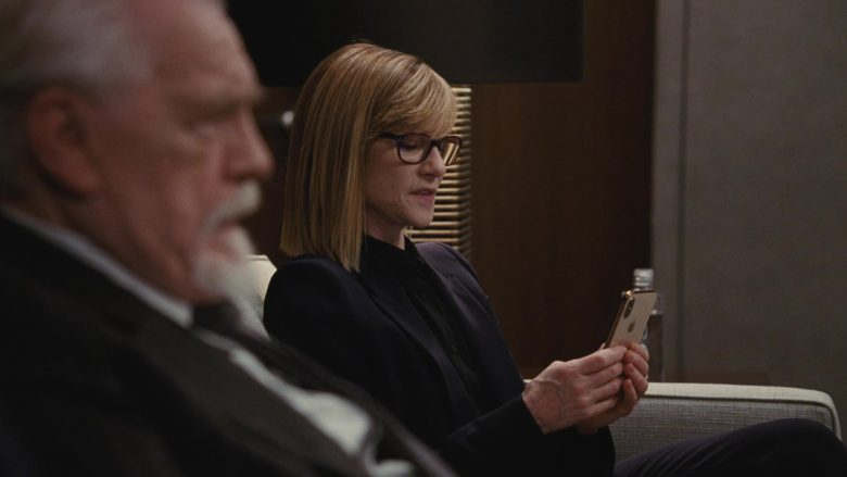 Apple iPhone Smartphone Held by Holly Hunter in Succession - Season 2, Episode 4, Safe Room (2019) - TV Show Product Placement