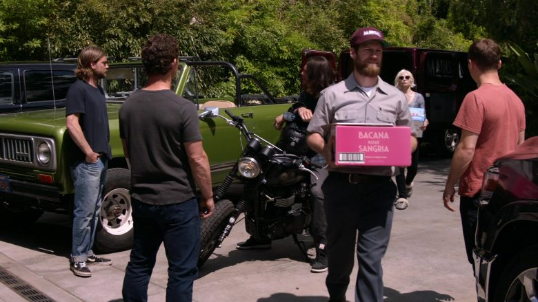 Bacana Sangria Rose Sparkling Wines in Animal Kingdom - Season 4, Episode 10, Exit Strategy (2019) - TV Show Product Placement