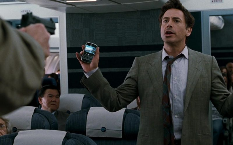 Blackberry Mobile Phone Used by Robert Downey, Jr in Due Date (2)