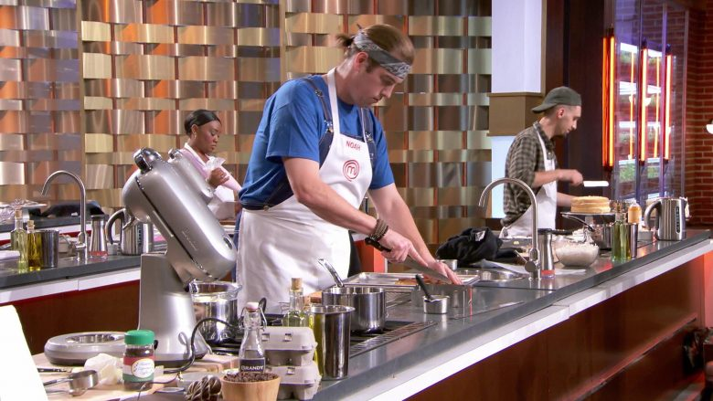 Breville Mixers in MasterChef - Season 10, Episode 14, Let Them Eat Cake (2019) - Reality Television Product Placement