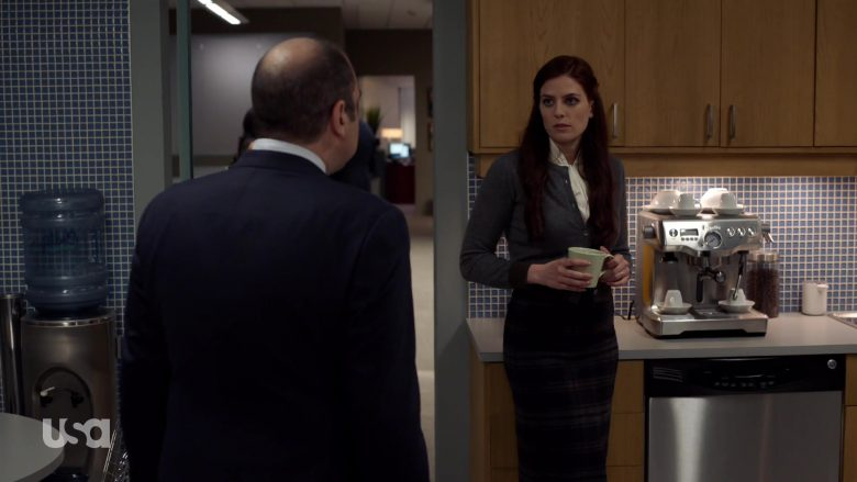 Breville The Dual Boiler Espresso Machine in Suits – Season 9, Episode 3, Windmills (2019) - TV Show Product Placement