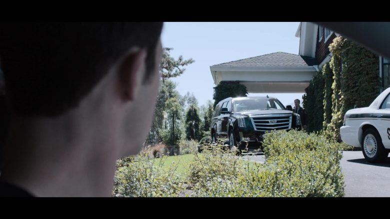 """Cadillac Escalade SUV in 13 Reasons Why - Season 3, Episode 3, """"The Good Person is Indistinguishable from the Bad"""" (2019) - TV Show Product Placement"""