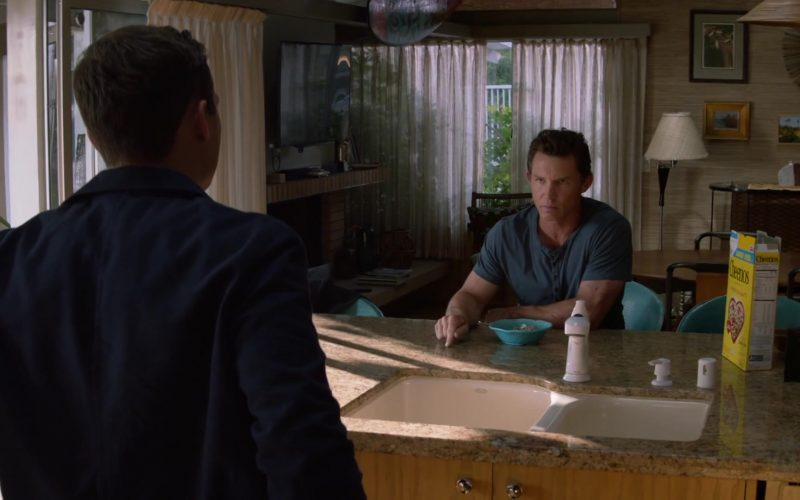 Cheerios Cereal Enjoyed by Shawn Hatosy as Andrew Pope Cody in Animal Kingdom