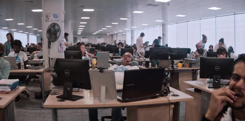Dell All-In-One Computers and Samsung Notebook in Men in Black: International (2019) - Movie Product Placement