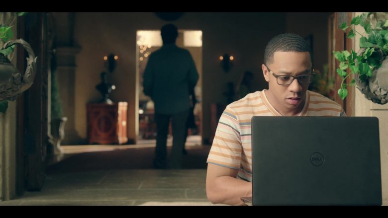 Dell Notebook Held by DeRon Horton in Dear White People - Season 3, Episode 7 (2019) - TV Show Product Placement