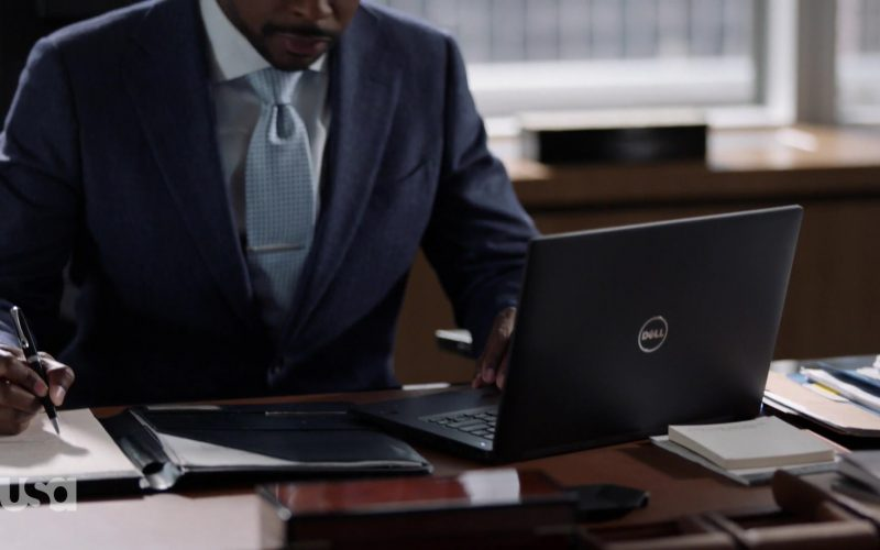 Dell Notebook Used by Dulé Hill in Suits (1)