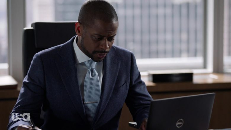 Dell Notebook Used by Dulé Hill in Suits - Season 9, Episode 4, Cairo (2019) - TV Show Product Placement