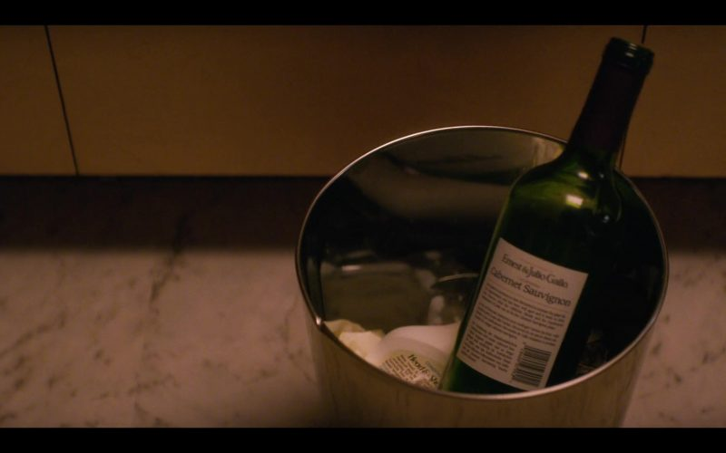 Ernest & Julio Gallo Estate Cabernet Sauvignon Wine Bottle in Glow (2)