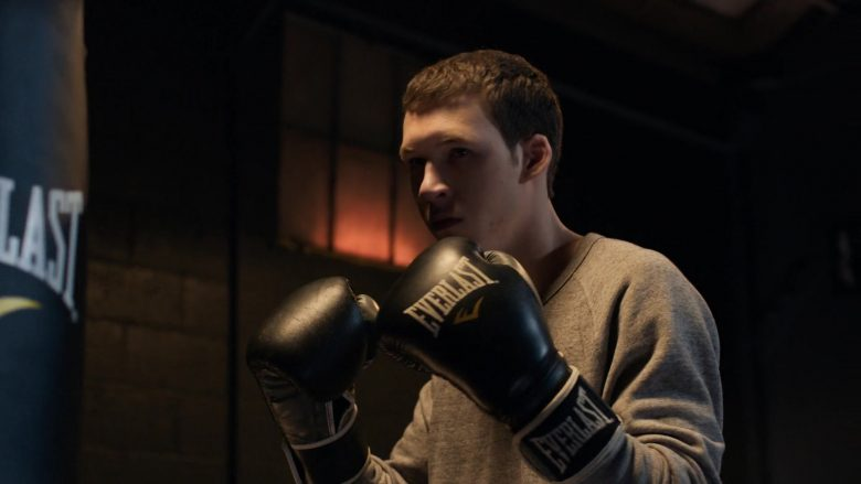 """Everlast Boxing Gloves Worn by Devin Druid in 13 Reasons Why - Season 3, Episode 4, """"Angry, Young and Man"""" (2019) - TV Show Product Placement"""