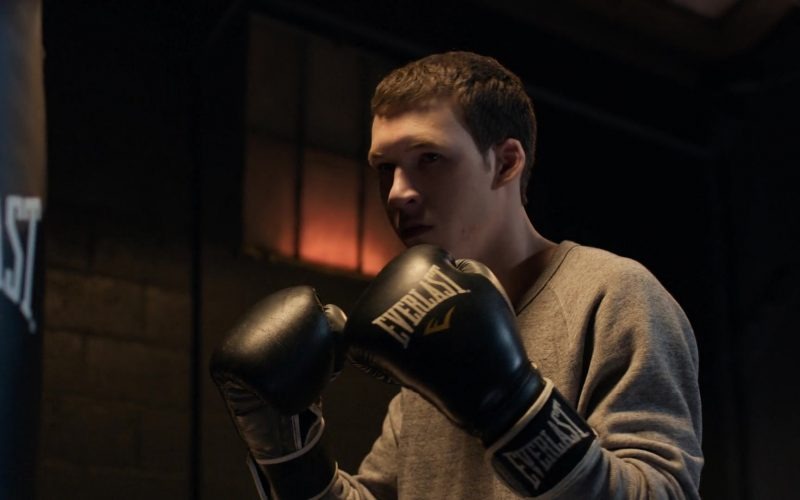 Everlast Boxing Gloves Worn by Devin Druid in 13 Reasons Why