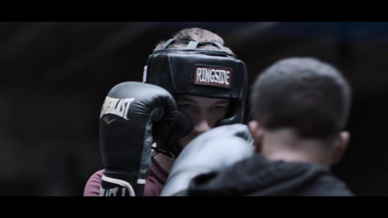 """Everlast Boxing Gloves and Ringside Headgear in 13 Reasons Why - Season 3, Episode 2, """"If You're Breathing, You're a Liar"""" (2019) - TV Show Product Placement"""