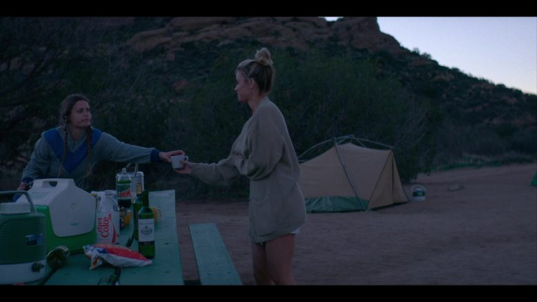"""Igloo Cooler, Diet Coke and Mountain Dew Bottles in Glow - Season 3, Episode 6, """"Outward Bound"""" (2019) - TV Show Product Placement"""