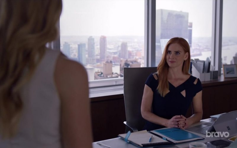 Microsoft Surface Tablet Used by Sarah Rafferty in Suits