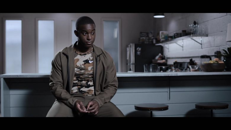 """Nike Tracksuit and Tee in 13 Reasons Why - Season 3, Episode 6, """"You Can Tell the Heart of a Man by How He Grieves"""" (2019) - TV Show Product Placement"""