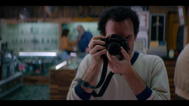 """Nikon Camera in Glow - Season 3, Episode 4, """"Say Yes"""" (2019) - TV Show Product Placement"""