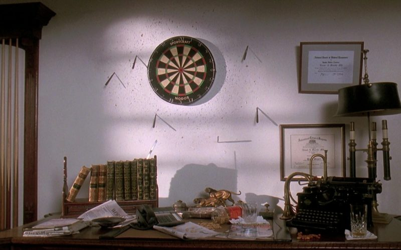 Nodor Darts in Death Becomes Her