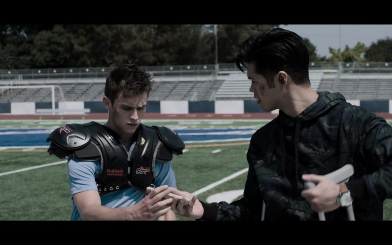 Riddell Power American Football Shoulder Pad in 13 Reasons Why (2)