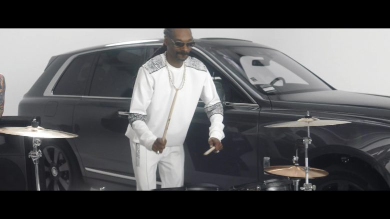 Rolls-Royce Cullinan Car in Countdown by Snoop Dogg feat. Swizz Beatz (2019) - Official Music Video Product Placement