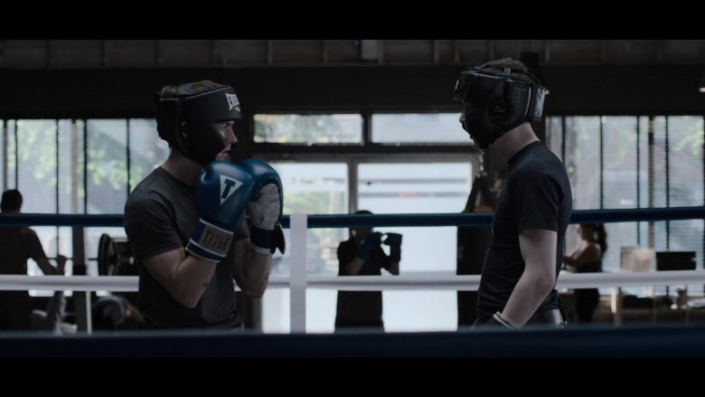 "Title Boxing Gloves and Everlast Headgear in 13 Reasons Why - Season 3, Episode 6, ""You Can Tell the Heart of a Man by How He Grieves"" (2019) TV Show"