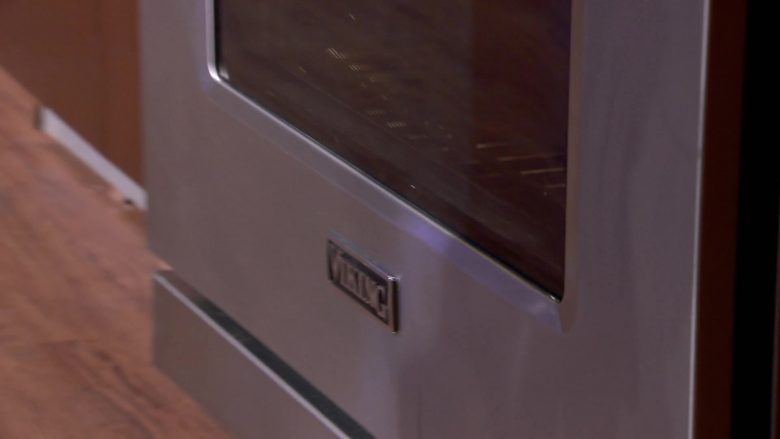 Viking Range & Oven in MasterChef - Season 10, Episode 14, Let Them Eat Cake (2019) - Reality Television Product Placement