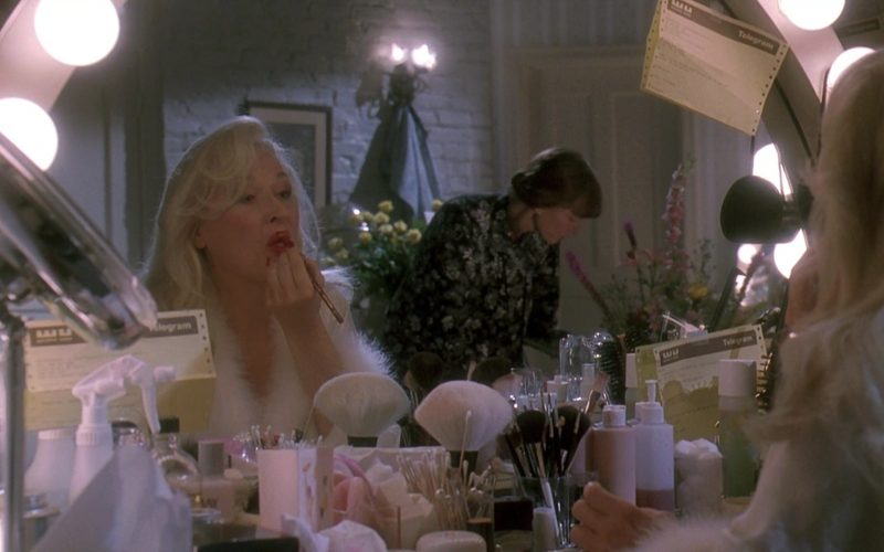 Western Union Telegrams in Death Becomes Her (2)