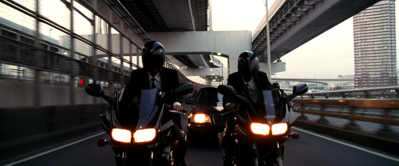 Yamaha FZ 400 Fazer Black Motorcycle in Kill Bill: Vol. 1 (2003) - Movie Product Placement