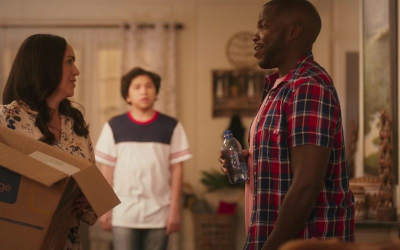 AQUAhydrate Water Enjoyed by Reno Wilson in Grand-Daddy Day Care