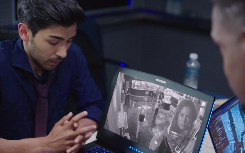 Alienware Laptop Used by Akshay Kumar as Ansh Ramachandra in Inside Man Most Wanted (5)