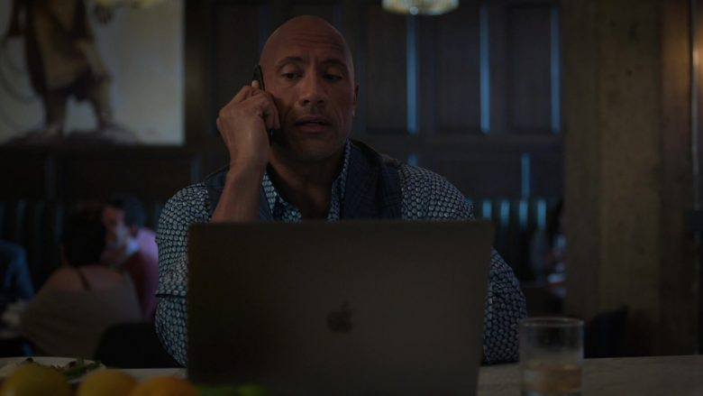 "Apple MacBook Laptop Used by Dwayne Johnson in Ballers - Season 5, Episode 3, ""Copernicursed"" (2019) - TV Show Product Placement"