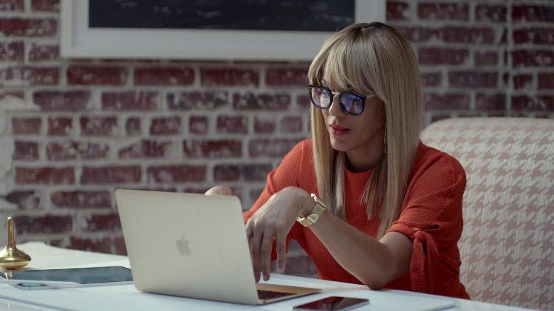 Apple MacBook Laptop Used by Nicole Ari Parker in Empire (1)
