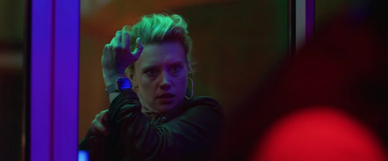 Apple Watch Worn by Kate McKinnon in Yesterday (2019) - Movie Product Placement