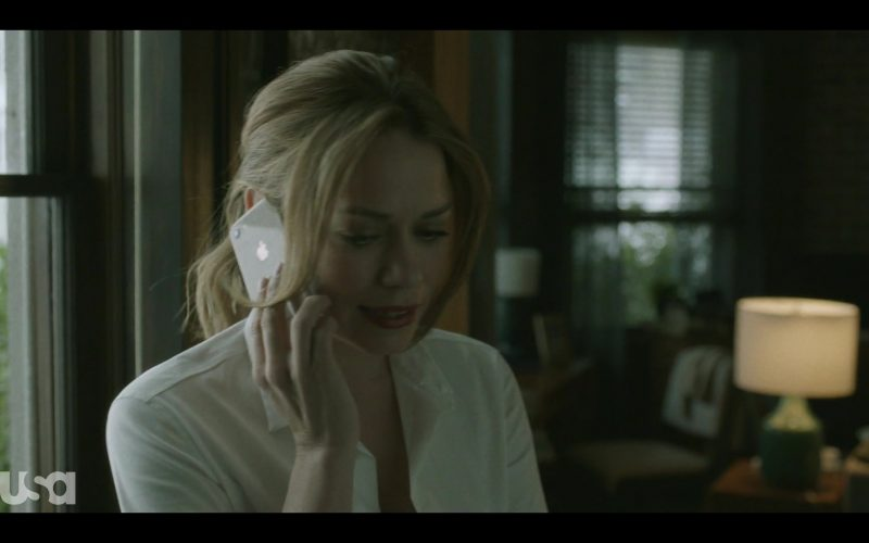 Apple iPhone Smartphone Used by Bethany Joy Lenz in Pearson