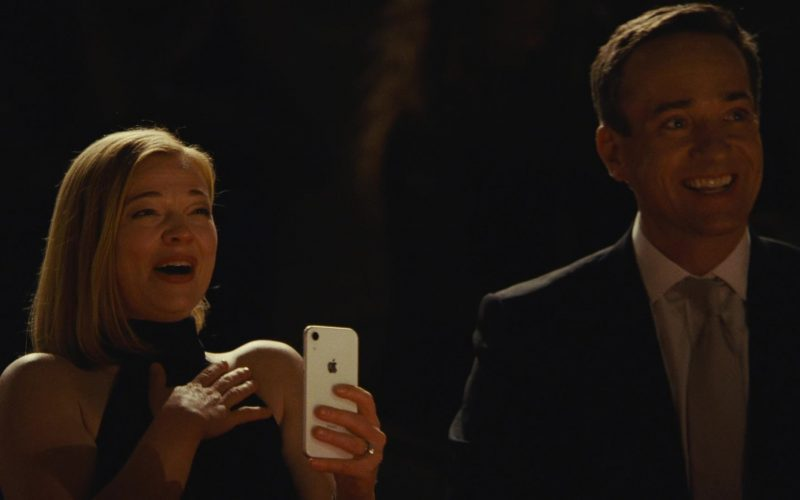 Apple iPhone Smartphone Used by Sarah Snook as Siobhan Roy in Succession (3)