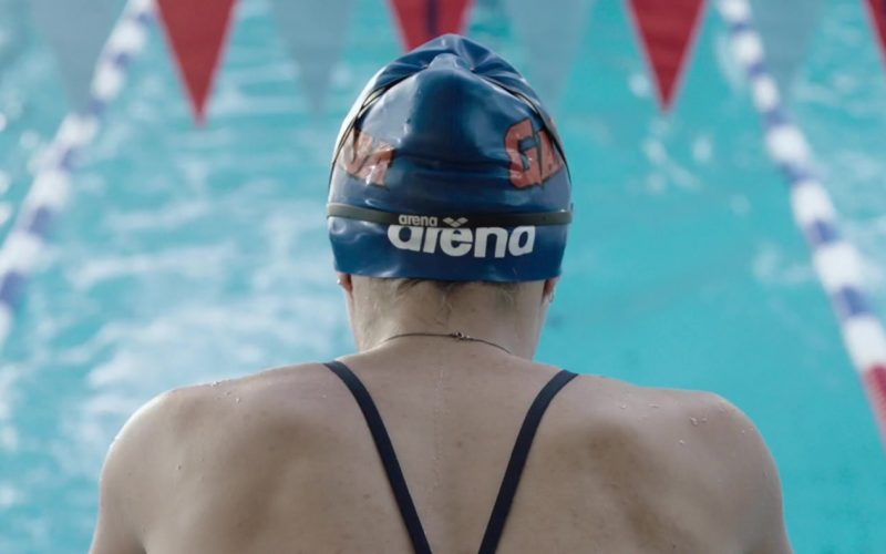 Arena Water Instinct Swimming Cap and Googles Worn by Kaya Scodelario in Crawl (3)
