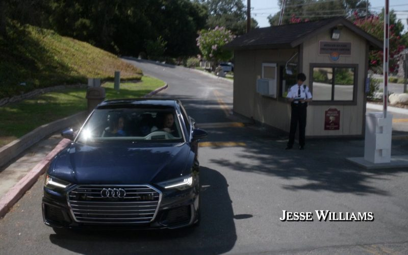 Audi A6 Black Car in Grey's Anatomy (1)
