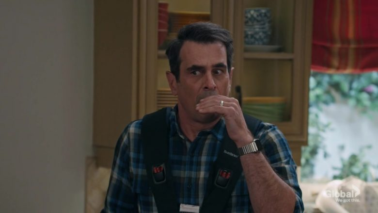 Babybjörn Baby Carrier Used by Ty Burrell as Phil Dunphy in Modern Family (3)