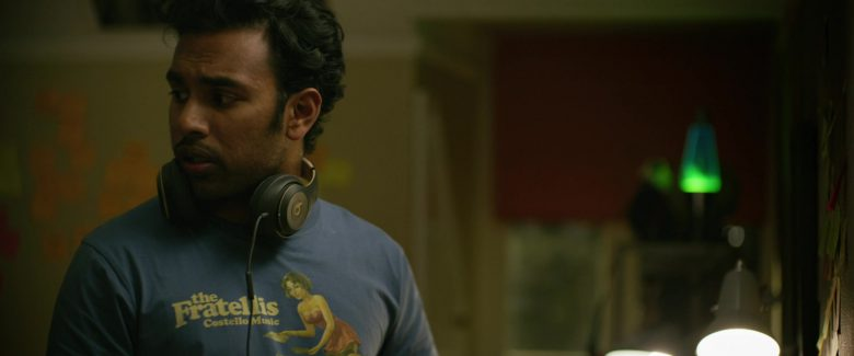 Beats Headphones Used by Himesh Patel in Yesterday (2019) - Movie Product Placement