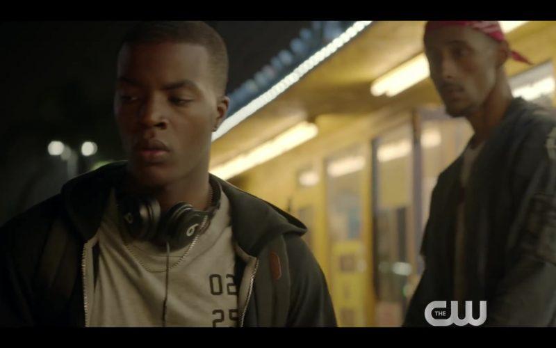 Beats Headphones in All American – Season 2 (2)