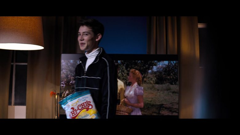 Chi-Chi's in Tall Girl (2019) - Movie Product Placement