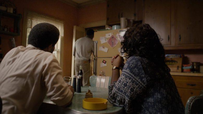 "Coke Bottle in Snowfall - Season 3, Episode 9, ""Blackout"" (2019) - TV Show Product Placement"
