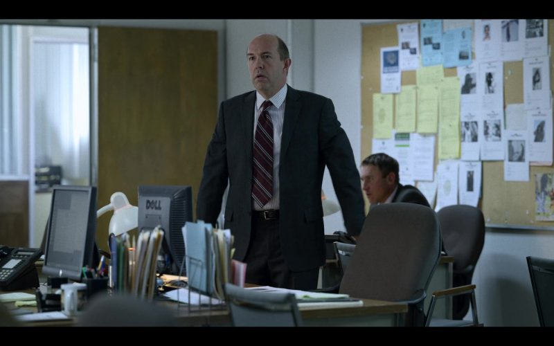 Dell Computer Monitor Used by Eric Lange in Unbelievable (6)
