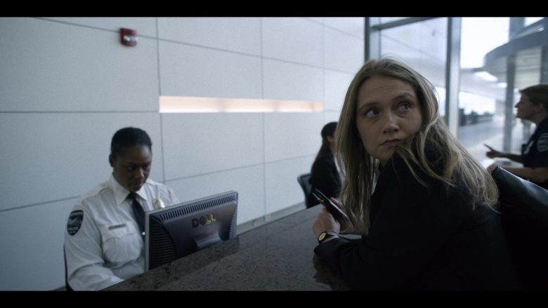 Dell Monitor in Unbelievable - Season 1, Episode 3 (2019) - TV Show Product Placement
